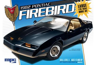 1:16 1982 Pontiac Firebird (Model Kit)