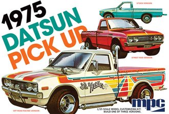 1975 Datsun Pickup (Model Kit)