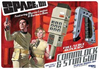 Space: 1999 Stun Gun & Commlock (Model Kit)