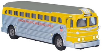 "1:50 GM Silversides Bus ""Union Pacific RR Lines - Kansas City"""