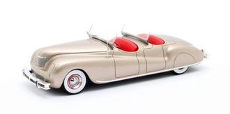 1:43 1941 Chrysler Newport Dual Cowl Pheaton LeBaron (Light Gold)