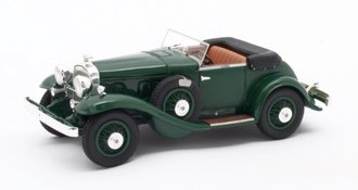 1:43 1932 Stutz DV32 Super Bearcat (Open) (Green)