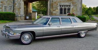 1976 Cadillac Fleetwood Brougham Limousine (Silver)