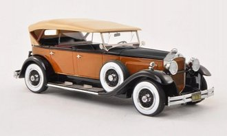 1930 Packard 733 Standard 8 (Orange/Black)