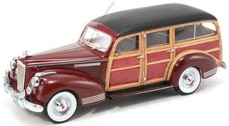 1941 Packard 110 Deluxe Wagon (Dark Red)
