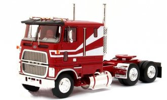 1:43 1978 Ford CLT-9000 (Red/White)