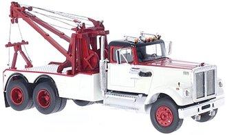 1977 White Road Boss Wrecker (Red/White)