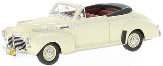 1:43 1941 Chevy Special De Luxe Convertible (Cream)