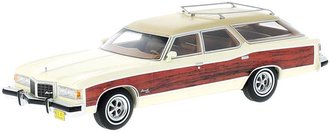 1:43 1976 Pontiac Wagon Grand Safari (Beige w/Wood Optics)