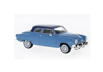1952 Studebaker Champion Custom 2-Door Sedan (Light Blue/Dark Blue)