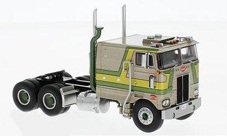 """1:64 1979 Peterbilt 352 Pacemaker 110"""" Sleeper Cab (Gold/Yellow/Green)"""