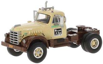 1:64 1955 Diamond T 921 Day Cab (Dark Brown/Beige)