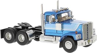 1:64 1974 Diamond Reo Raider Day Cab (Light Blue Metallic)