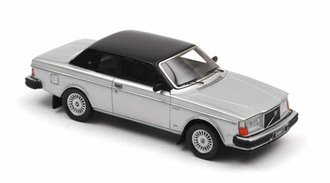 1981 Volvo 262C Bertone (Silver)