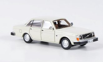 1976 Volvo 244 DL (Light Beige)
