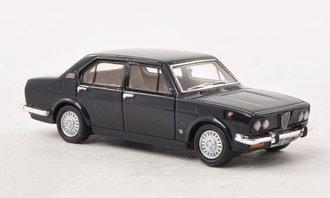 1975 Alfa Romeo Alfetta 1.6 (Dark Blue)