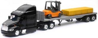 Peterbilt 387 w/Flatbed Trailer, Forklift & Hay Bale Load