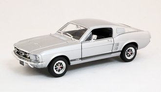 1967 Ford Mustang GT (Silver)