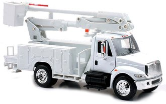 1:43 International 4200 Bucket Truck (White)