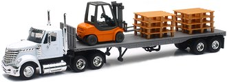 1:43 International LoneStar w/Flatbed Trailer, Forklift & Pallets
