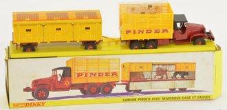 Super Dinky 881 Pinder Circus Truck