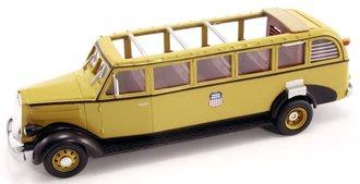 "1:48 1936 White Motors 706 Tour Bus ""Union Pacific RR - Bryce Canyon National Park"" (Yellow)"