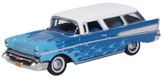 1:87 1957 Chevrolet Nomad Hot Rod (Blue/White)