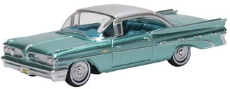 1:87 1959 Pontiac Bonneville Coupe (Seaspray Green)