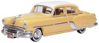 1954 Pontiac Chieftain 4-Door Sedan (Winter White/Maize Yellow)