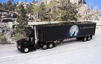 "Mack CH600 w/45' Van Trailer ""Mack - Wild New Breed"""