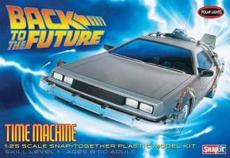 1:25 Back to the Future Time Machine (Model Kit)