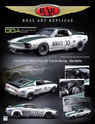 "1:18 1962 Ford Mustang Boss 302 Trans Am ""Allan Moffat #33 - Brut"""