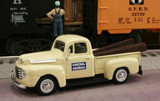 "1948 Ford F1 Pickup ""Central of Georgia Railway"" (Cream)"