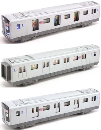 "1:87 Subway Car ""MTA - New York City"" w/Lights & Sound"