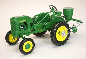John Deere L Tractor w/Planter (Green)
