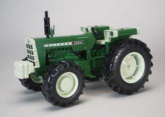 Oliver 1650, FWA Fuel Tank, Fenders (Green)