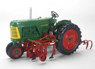 Oliver Super 77 Diesel Narrow Front w/2 Row Cultivator (Green)
