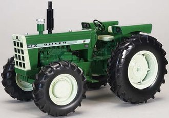 Oliver 1800 Wide Front Tractor w/Front Wheel Assist (Green)
