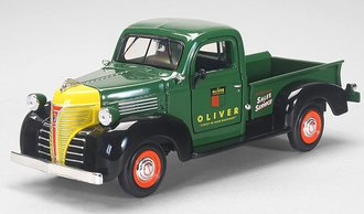 1:24 Oliver 1947 Plymouth Pickup Truck (Green)