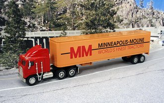 "1:64 Kenworth K100E w/Van Trailer ""Minneapolis-Moline"""