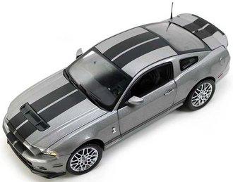 1:18 2013 Ford Shelby GT500 (Gray w/Black Stripes) (Chrome Wheels)