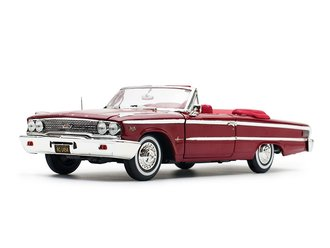 1:18 1963 Ford Galaxie 500 XL Open Convertible (Chestnut)