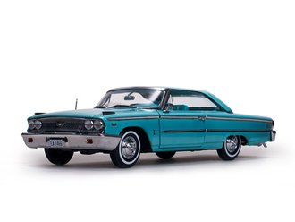1963 Ford Galaxie 500 XL Hardtop (Peacock Blue)