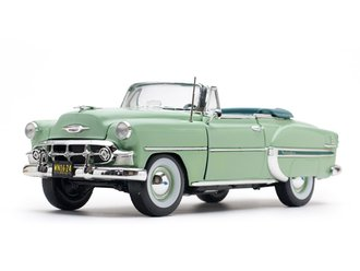 1:18 1953 Chevrolet Bel Air Open Convertible (Surf Green)
