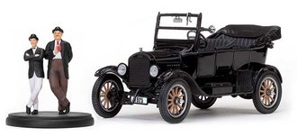 1:24 1925 Ford Model T Touring (Open) (Black) w/Laurel & Hardy Figurines