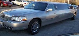 2003 Lincoln Limousine 2000 (Light Parchment Gold)