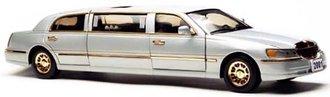 1:18 2003 Lincoln Limousine 2000 (Silver Birch)