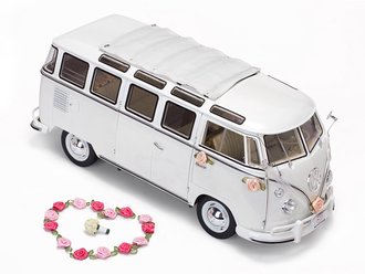 "1:12 1962 Volkswagen Samba ""Wedding Version"" (White)"
