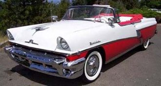 1:18 1956 Mercury Montclair Open Convertible (Carousel Red w/Red/White Interior)
