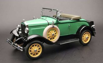 1931 Ford Model A Roadster (Green)